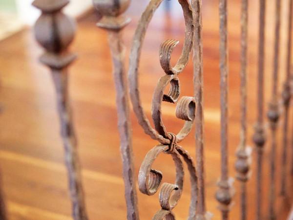 Iron-Detail